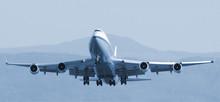 Decollage Boeing 747 Bleu