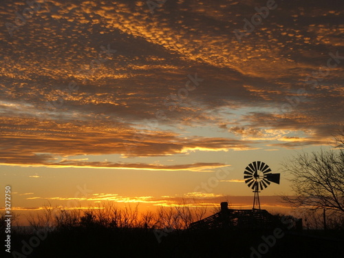 In de dag Texas windmill sunset