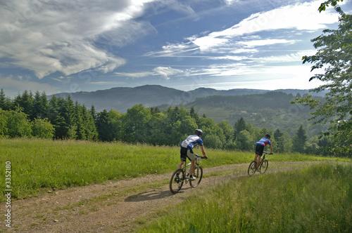 Foto op Aluminium Fietsen mountainbiker
