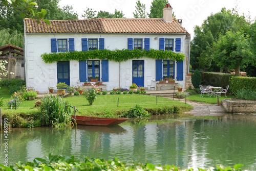 Valokuva  maison du marais poitevin