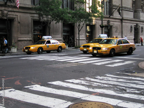 Foto op Canvas New York TAXI taxis on the move