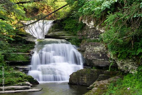 Foto op Canvas Watervallen rainbow falls