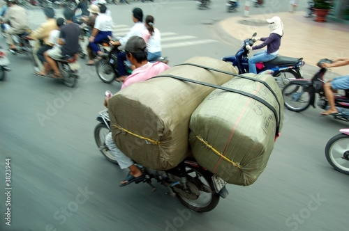 Fotomural Motocycle surchargé (Saïgon, Vietnam)