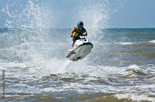 Fototapeta extreme  jet-ski watersports with big waves