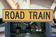 Sicherheitszeichen Road Train Australien_07_1822