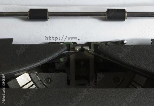 Foto op Aluminium Old typewriter on the WWW