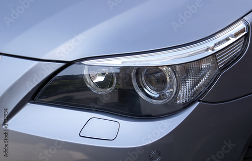 Photo  BMW Headlight