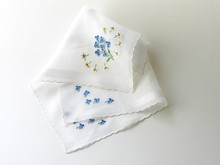 Batist Handkerchiefs With Embr...