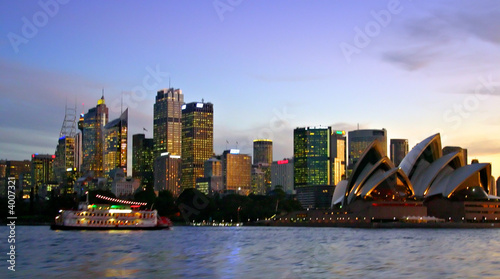 Staande foto Sydney Sydney skyline at night..