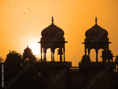 Valokuvatapetti Inde - Coupoles à Jaisalmer / Rajasthan