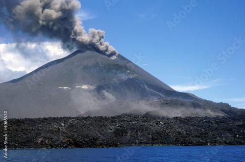 Staande foto Vulkaan Krakatau