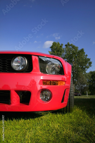 Photo  Red Mustang
