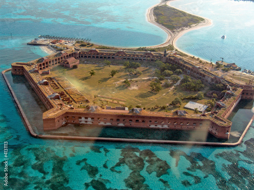 Valokuva  Aerial View of Fort Jefferson, Florida