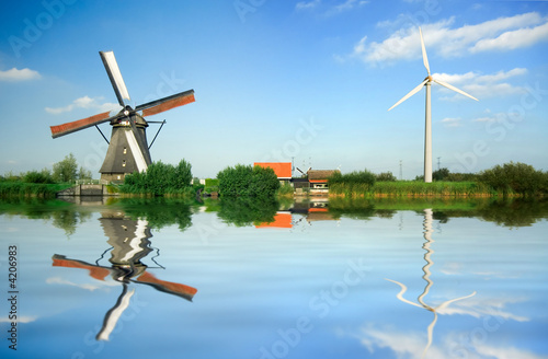 Fotoposter Molens old and new wind energy