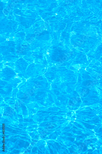 Staande foto Kunstmatig blue pool water