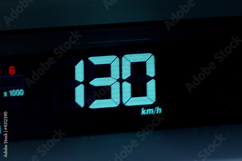 Fotomural  130 km/h
