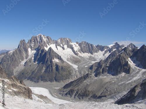 Fotografia, Obraz  glaciers et aiguilles vus du télécabine de la pointe helbronner