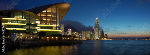 Montage in der Fensternische Hongkong Panorama view of Hong Kong cityscape