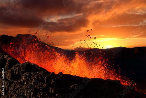 Autocollant pour porte Volcan éruption volcanique