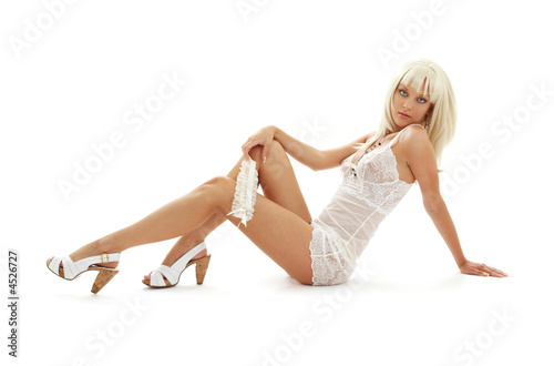 Photo high heels blond in babydoll lingerie