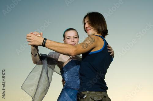 Young adults dancing Fototapeta