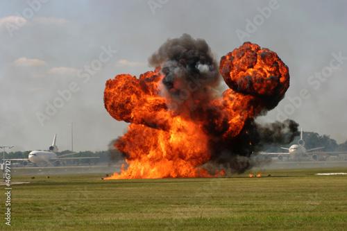In de dag Vuur / Vlam Runway Explosion