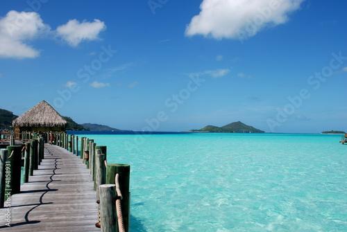Foto-Leinwand - Ponte sul mare blu