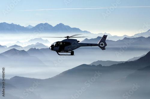 Poster Helicopter Der blaue Flug