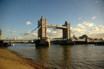 Fototapeta na wymiar Tower Bridge of London
