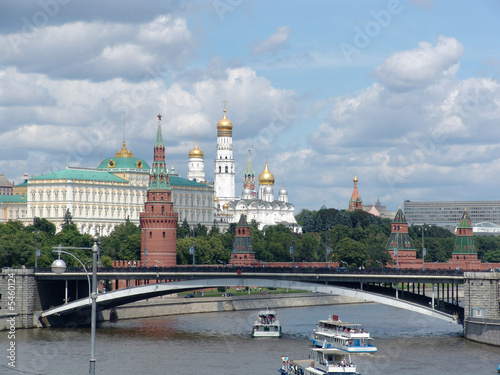 Photo  Big Stone Bridge and Kremlin