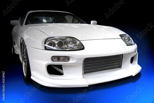 Poster Voitures rapides white customized car