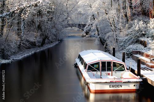 Fotografie, Tablou Emder Ausflugsboot