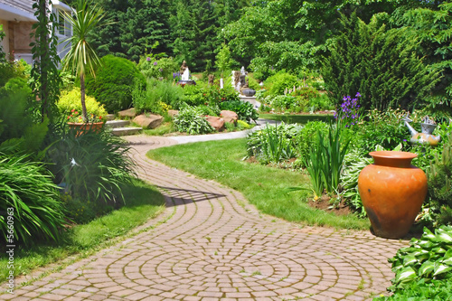 Papiers peints Jardin Stone Walkway
