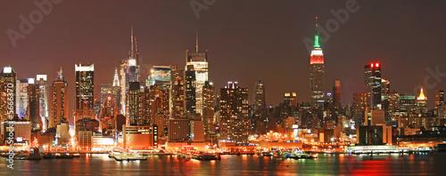 Manhattan panaroma linia horyzontu przy wigilią
