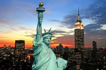Statua Wolności i panoramę Nowego Jorku