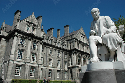 Photo  Trinity College in Dublin City, Ireland