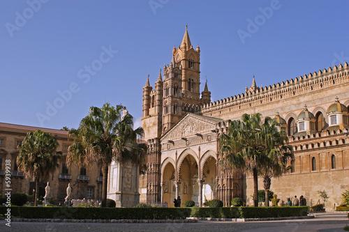 La pose en embrasure Palerme Cattedrale Palermo