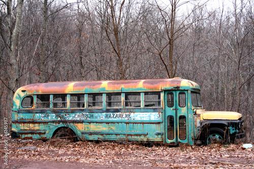 old schoolbus © Wunderkammer