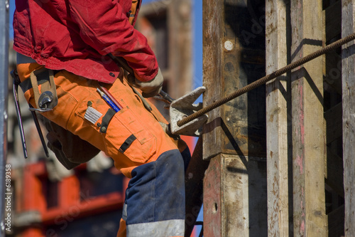 Bauarbeiter mit Hammer - Buy this stock photo and explore similar