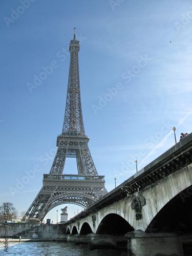 Photo Stands Paris Pont et Tour Eiffel