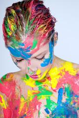gesicht bunt farben frau