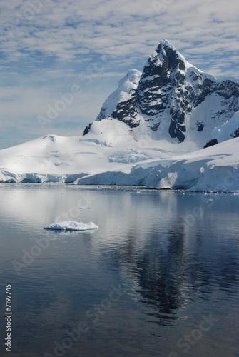 Spoed Foto op Canvas Antarctica Paradise Bay