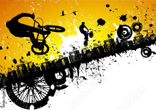 rowerzysta-bmx-na-tle-miasta