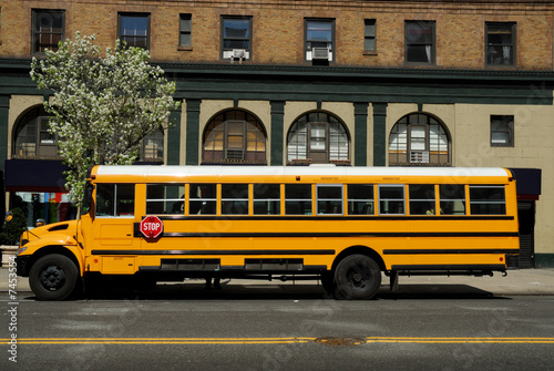 Photo  Yellow School Bus in New York City