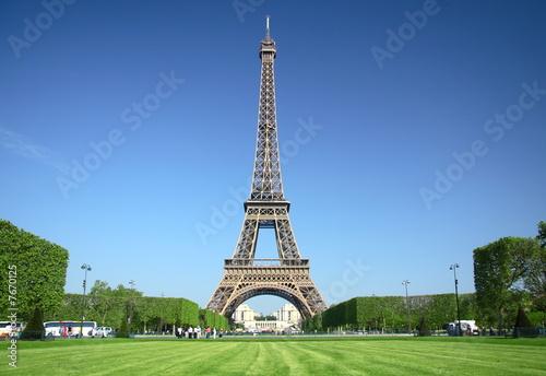 Papiers peints Paris paris, tour eiffel sur le champ de mars