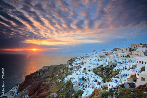 Fototapeta Sunset at Oia village on Santorini island, Greece obraz