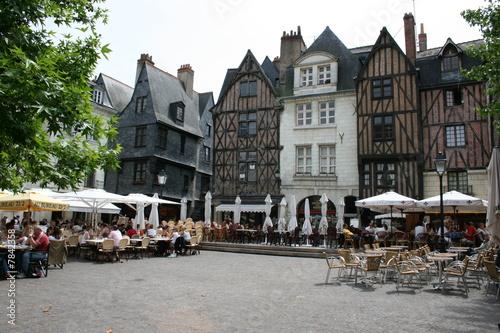 Valokuvatapetti Place Plumereau à Tours (Indre-et-Loire, Région Centre)