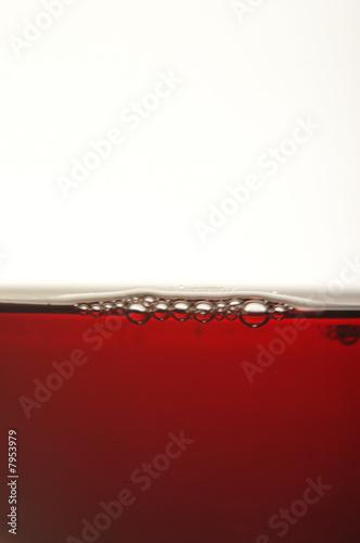 Vino rosso con bolle d aria Canvas Print