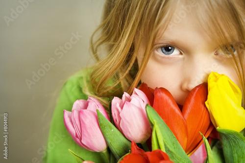 Plakat Dziewczyna i tulps