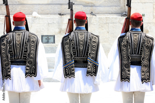 Tuinposter Athene ceremonial changing three guards in Athens, Greece